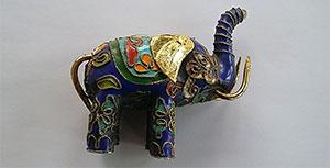 Synergos blauer Elefant